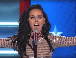 Katy Perry śpiewa Rise i Roar dla Hillary Clinton